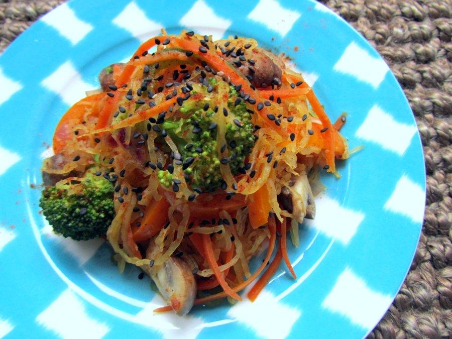 5 Steps to Get & Stay Motivated | Vegan Spaghetti Squash Stir-fry