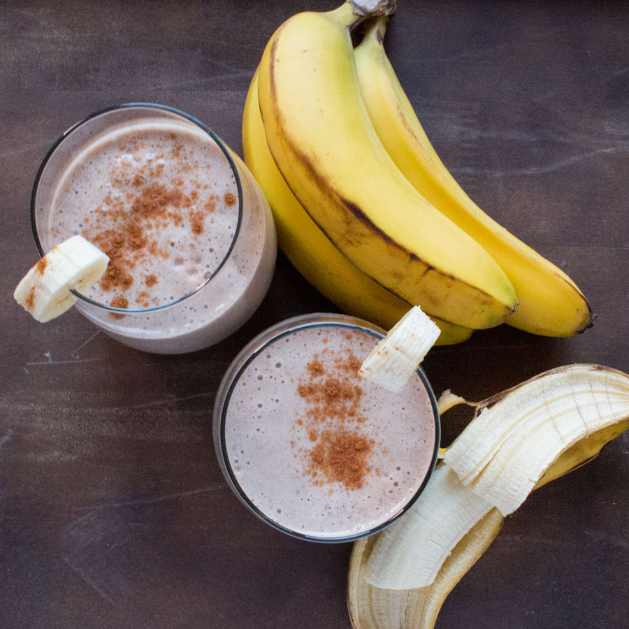 Banana Cardamom Smoothie