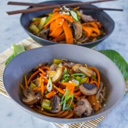 Ponzu Soba Noodles + What I Eat Everyday {VIDEO}