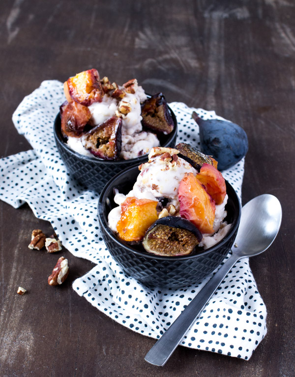 Peach Fig Ice Cream Vegan -- www.sweetpotatosoul.com
