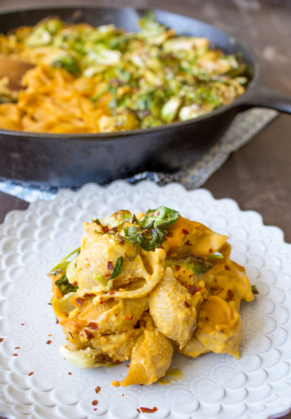 Vegan Macaroni and Cheese | www.sweetpotatosoul.com