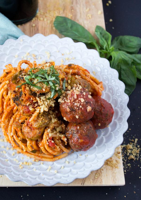 Vegan Lentil Meatballs and Spaghetti   www.sweetpotatosoul.com