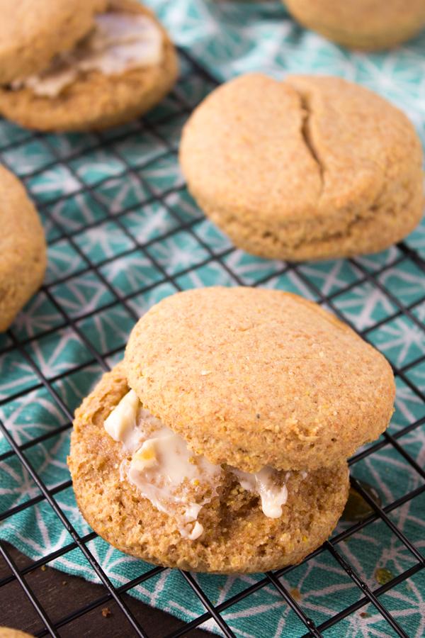 Vegan Cornmeal Buttermilk Biscuits | www.sweetpotatosoul.com