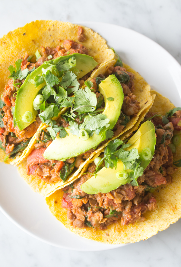 Lentil Chili Tacos Easy Vegan Recipes | www.sweetpotatosoul.com