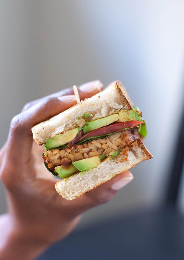 Vegan Tempeh BBQ Sandwich | sweetpotatosoul.com
