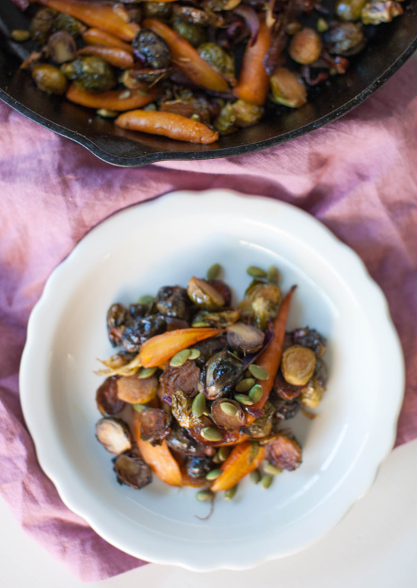 Smoky Maple Roasted Brussels Sprouts | sweetpotatosoul.com