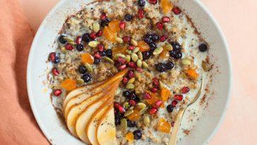 Easy Cracked Freekeh Porridge with Quinoa