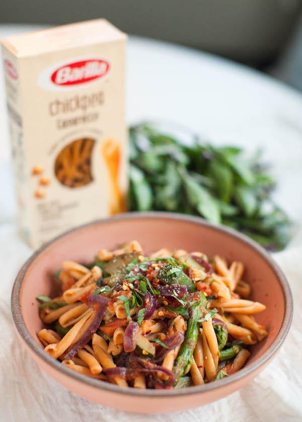 Spring Veggie Pasta | @sweetpotatosoul