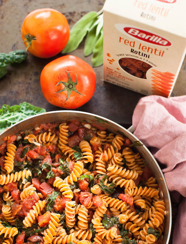 Vegan pasta puttanesca | @sweetpotatosoul