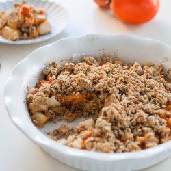 Pear Persimmon Breakfast Crumble | @sweetpotatosoul