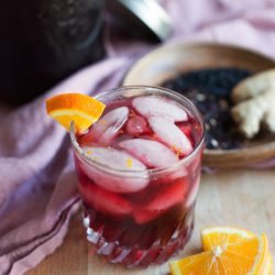 Hibiscus Elderberry Ginger Tea