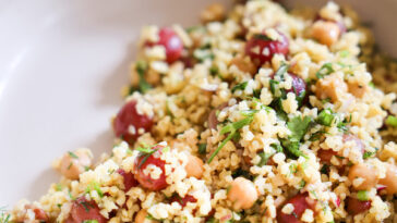 bulgur salad with roasted grapes